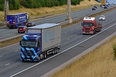 GN67 OXV (Martin's Online Photography) Tags: mercedes actros mp4 wagon lorry vehicle freight haulage truck nikon nikond7200 a1m commercial transport