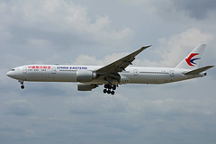 B-7367 (China Eastern) (Steelhead 2010) Tags: chinaeastern boeing b777 b777300er yyz breg b7367