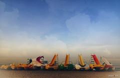 summertime [1] (jesuscm_Huawei P20 series) Tags: tobogan water slides playa beach cielo sky nubes clouds colores colors pedregalejo málaga huawei p20 jesuscm