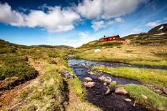 Next house on the hill @ Norway (zilverbat.) Tags: noorwegen tripadvisor travel zilverbat landscape clouds mountains hill wallpaper world water europe europa canon tour visit map pin hike outdoor norwic norwegian geologic house lee nature natuur desolate hiking countryside walking barn farm rocks discover scandinavië