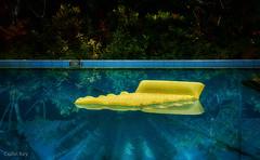 air bed (Collin Key) Tags: pulausaparua mahulodge moluccaislands maluku airmattress airbed yellow pulaulease indonesia saparuatimur indonesien id