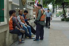Motorcycle taxi in Bangkok (Ien Yamasaki) Tags: nikkor 4386 4386mm mm vintage zoom lens review sample bangkok thai thailand
