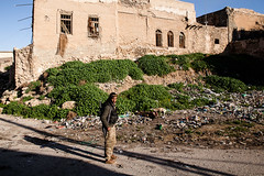 IMG_6404.jpg (Reportages ici et ailleurs) Tags: kurdistanirakien urbanwar kurdes sinjar pkk yezidis peshmerga battle city yekineyenberxwedanshengale ybs guerre shengal ezidis guerreurbaine yannrenoult fight bataille war isis hpg ypg yjastar etatislamique montagne guerilla kurd ville yekineyenparastinagel mountain