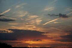 Abendstimmung (A.K. 90) Tags: sky himmel sonnenuntergang cloudssunsetsstormssunrise wolken rot abend evening gelb blau blue stimmung light nature natur sonyalpha6000 e18135mmf3556oss weather wetter explore views favs perspektive abendrot dämmerung stripe ausblick augenblick summer