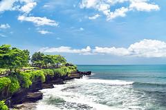 Tanah Lot, Bali, Indonesia. (Manoo Mistry) Tags: tanahlot bali indonesia nikon nikond5500 tamron tamron18270mmzoomlens tourism holiday island hindu hindutemple sky trees sea ocean landscape seascape