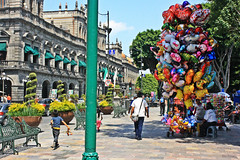 Bombas (Campanero Rumbero) Tags: puebla mexico day dia travel turismo street calle city ciudad plaza bombas people gente summer verano