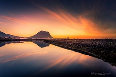 Sunset. (Geinis) Tags: iceland snæfellsnes sunset seascape sundown sea nature mountain kirkjufell