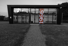20180625_1966 (Damien Walmsley) Tags: 1966 fa stgeorgespark changing room coloursplash football cominghome