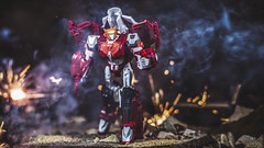 I've got this. (3rd-Rate Photography) Tags: transformers elitaone elita1 autobots autobot cybertron robot toy toyphotography canon 50mm 5dmarkiii jacksonville florida poweroftheprimes 3rdratephotography earlware 365