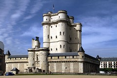 Castello di Vincennes, Francia (Mattia Camellini) Tags: castello fortezza castle architecture canoneos7d canonefs18135mmf3556is mattiacamellini