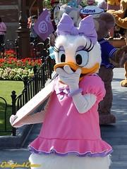 Daisy Duck (Disneyland Dream) Tags: shanghai disneyland park personnage character daisy duck