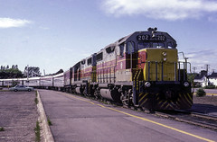 Arriving Station Mall (ac1756) Tags: acr ac algomacentral emd gp382 202 4 saultstemarie ontario canada