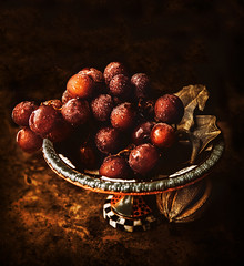 Grapes in autumn's robes... (Suzanna Mars) Tags: grapes still life fruit