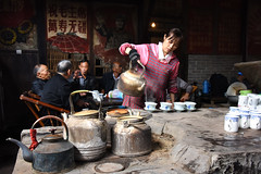 Old Teahouse 老茶館 (MelindaChan ^..^) Tags: sichuan china 四川 life people old heritage history teahouse tea relax leisure chanmelmel mel melinda melindachan 老茶館 老 茶館 man teapot pot chengdu 成都 茶壺 茶煲 visipix visipixcollections