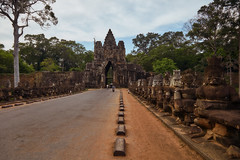 Angkor Thom – South Gate (Thomas Mülchi) Tags: angkor siemreap cambodia 2018 siemreapprovince angkorthom southgate moat bridge gate statues gods deamons naga snake krongsiemreap kh serpent sevenheaded