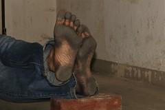 dirty city feet 578 (dirtyfeet6811) Tags: feet soles barefoot dirtyfeet dirtysoles blacksoles cityfeet