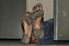 dirty city feet 605 (dirtyfeet6811) Tags: feet soles barefoot dirtyfeet dirtysoles blacksoles cityfeet