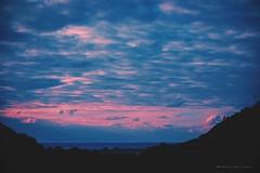 Te vas oscureciendo suavemente (Conserva tus Colores) Tags: chile conservatuscolores colores sunset surdechile lovenature naturaleza naturelovers landscape paisaje cielo sky skyporn blue sea sealovers mar silhouette contraluz canon canongirl canonchile photographerontumblr photographersoninstagram