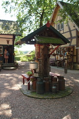 De dorpspomp. (limburgs_heksje) Tags: nederland netherlands niederlande limburg schinveldse bossen openluchtmuseum nonke buske grens grensstreek