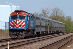 180508_11_Metra187_Westmont (AgentADQ) Tags: westmont illinois chicago bnsf raceway train trains metra station