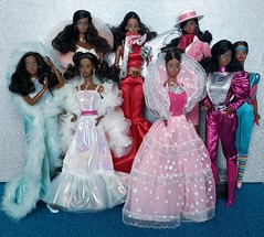 My beautiful African American Barbies 😍💙 (Lo_zio87_Barbie Collector) Tags: barbie 80s magic moves peaches n cream crystal great shape jewel sectets astronaut