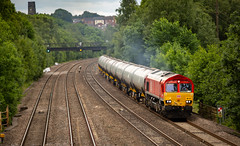 9Y0A4597 (kevaruka) Tags: tupton bridge derbyshire chesterfield erewash countryside summer 2018 june colour colours england class 56 50 20 grid hoover choppers 56103 canon eos 5d mk3 70200 f28 is mk2 ef100400 f4556l 5d3 5diii telephoto rail network heritage historic locomotive composition outdoors yellow grey orange blue railway flickr thephotographyblog front page railroad tree train forest car