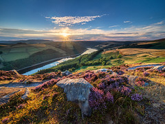 Summer sunset (Stephen Elliott Photography) Tags: peakdistrict derbyshire bamford derwent edge ladybower summer sunset heather olympus kase filters