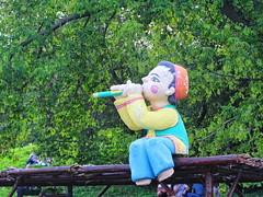 Tatar fife (flute) boy (Aram Bagdasaryan) Tags: sculpture boy flute russia oriental