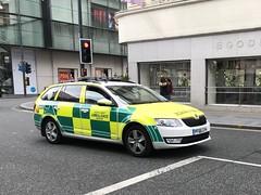 Ambulance Rapid Response Vehicle - Liverpool, England (firehouse.ie) Tags: vehicles medical emt ems rrv northwestambulanceservice krankenwagen emergency vehicle england merseyside liverpool ambulances ambulance nwas frc nhs octavia skoda