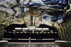 The world underground (Alex L'aventurier,) Tags: stockholm sweden suède métro metro subway art urban urbain cave underground woman femme person personne candid walking ceiling plafond white blanc light lumière