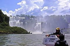 IMGP3058 (petercan2008) Tags: rio river cascada fall agua cielo nubes lancha sky water cloud iguazú brasil