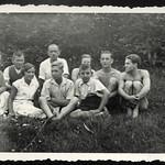 Archiv P724 Sommer im Garten, 1930er thumbnail