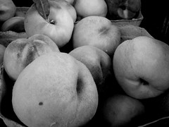 Keystone Peaches  #7DWF #theme #black&white (Mr. Happy Face - Peace :)) Tags: food lunch hearty peaches comfortfood