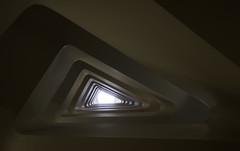 The evil eye (michael_hamburg69) Tags: hamburg germany deutschland hansestadt stair stairs stairway treppenhaus stairwell steps escalier escala escalera ле́стница rampa scala architekt architecture architect modern jürgenmayerhermann jmayerh cogiton bürohaus office building triangle dreieck steckelhörn