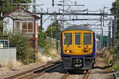 319381 Class 319/3 (Roger Wasley) Tags: 319381 class319 northern rail rainhill wilmslow liverpool limestreet cheshire station trains railways signalbox