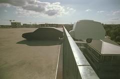 Nantes (Le cosmonaute) Tags: bretagne epsonperfectionv700photo exiftool kodakektar25 levoyageànantes nantes olympusom2 om2 pelliculepérimée zuiko21mmf35