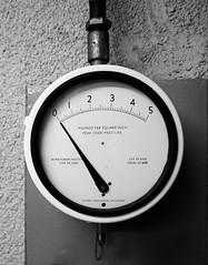 Bomb Power Indicator (Hammerhead27) Tags: zeroreading analog england british bw bnw blackandwhite mono monochrome facility bunker york historic old royalobservercorps radiological unused retired glass needle gauge bombpowerindicator assureddestruction weapon nuclear coldwar