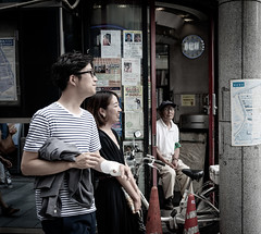 #224 Ginza behind the scenes-4 (tokyobogue) Tags: tokyo japan ginza nikon nikond7100 d7100 sigma sigma1750mmexdcoshsm behind backstreets street streetphotography urban city people 365project