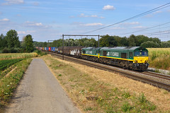 RTBC V266+V271 @ s'Herenelderen (Maarten Schoubben) Tags: class 66 emd gm locomotive rurtalbahn cargo rtb pb17 pb10 pb 10 17