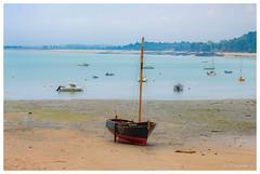 Cancale (Pascale_seg) Tags: seascape paysage mer marin plage beach pêche pêcheur barque pastel cancale bretagne france nikon été summer sable