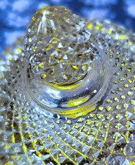 tealight in crystal......2018-08-17 (wintersoul1) Tags: light tealight crystal yellow