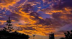 Massive Sunset (Oash_Dany) Tags: sunset sunnyday sun sonyalpha sonya6000 seaside sea coast coastline tramonto cielo acqua mare spiaggia sabbia oceano skyline