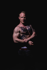 _BSC2455 (benni_schuetzenhofer) Tags: inked shredded shred tattoo tattooedup blackbackground abs sixpack huge muscle muscles big getbig fitness model athletic fit fitguy man male malemodel
