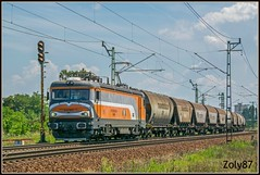 610-001-4 (Zoly060-DA) Tags: hungary cegled country city magyar magan vasut mmv freight train grain hoppers romania softronic craiova built builder class 480 co 6000 kw electric locomotive private operator 610 001 4 orange white grey livery blue green brown signal rail rails lines sky grass
