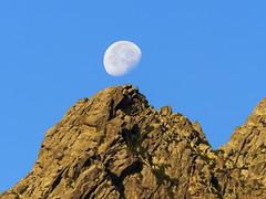 P1010996 (laurent.guillon) Tags: paysage lune