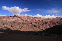 Humahuaca, El Hornocal, panorama (blauepics) Tags: argentina argentinien jujuy province provinz provincia nord north andes anden berge mountains landscape landschaft unesco world heritage site weltkulturerbe quebrade huamhuaca clouds wolken el hornocal 4350 m meter altitude höhe colours farben oxid red rot errosion panorama