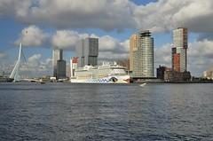 AIDA perla (Hugo Sluimer) Tags: portofrotterdam port haven nlrtm onzehaven rotterdam aida aidacruises aidaperla cruiseship cruise cruises cruiseterminalrotterdam cruiser cruiseterminal cruiseschip zuidholland nederland holland