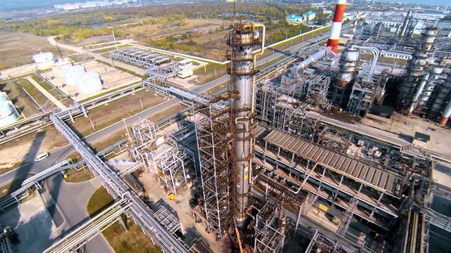 Для нефтяников могут ввести норматив поставок на российские НПЗ