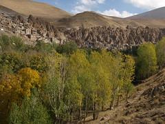 PA126618 (bartlebooth) Tags: iran kandovan osku eastazerbaijanprovince fairychimney troglodytevillage persian iranian architecture olympus e510 evolt silkroad middleeast mountains village walnuts