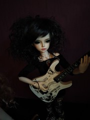Rock is not only for bad boys! (luxatica) Tags: minifee fairyland doll bjd mnf rock metal music mirwen mnfmirwen minifeemirwen